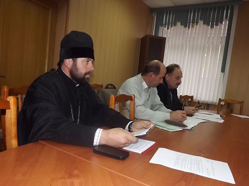 Благочинный Максатихинского округа принял участие в заседании антинаркотической комиссии администрации Максатихинского района
