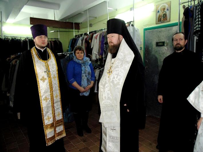 Освящение консолидационного склада отдела социального служения и благотворительности Бежецкой епархии в г. Удомля