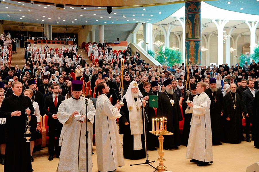 Представители отдела социального служения Бежецкой епархии приняли участие в VIII Общецерковном съезде по социальному служению