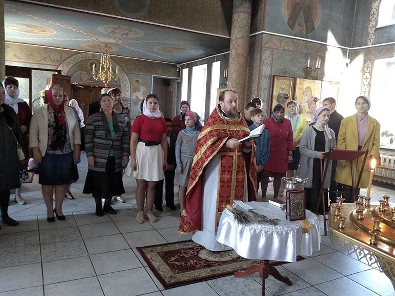 Молебен на строительство детского приюта в Спирово.