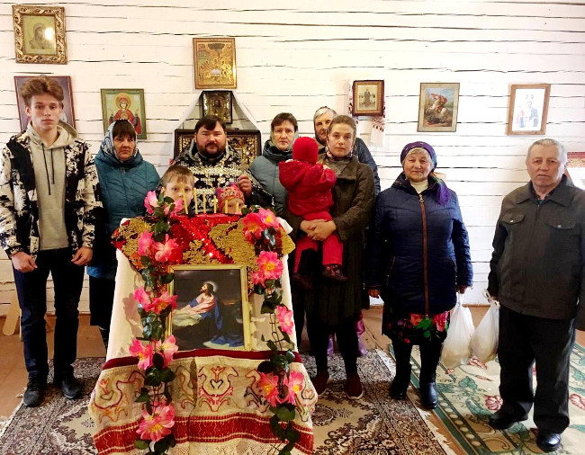 Благотворительная акция в отдаленном селе Молоковского района