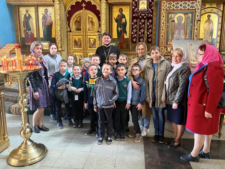 Учащиеся Удомельской средней общеобразовательной школы №1 посетили Князь-Владимирский собор г. Удомля