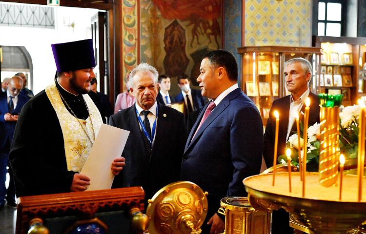 Губернатор Тверской области И.М. Руденя посетил Князь-Владимирский собор г. Удомля